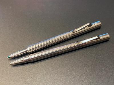 ファーバーカステル伯爵コレクション ポケットペン(上:ボールペン / 下:メカニカルペンシル)