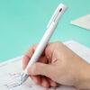 ゼブラ、筆記時の振動を抑えた3色ボールペン「ブレン3C」 - Impress Watch